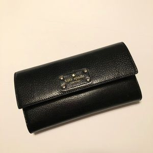 🖤 Beautiful Kate Spade Black Leather Wallet.